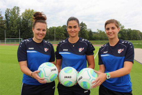 """Immer freitags findet auf der Sportanlage des FC Hörbranz das """"Mädchen an den Ball""""-Training statt. sc hoheneiler"""