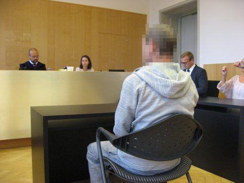 Aus Opferstöcken zu stehlen, schien dem Angeklagten die einzige Möglichkeit, seine finanzielle Lage aufzubessern.Eckert