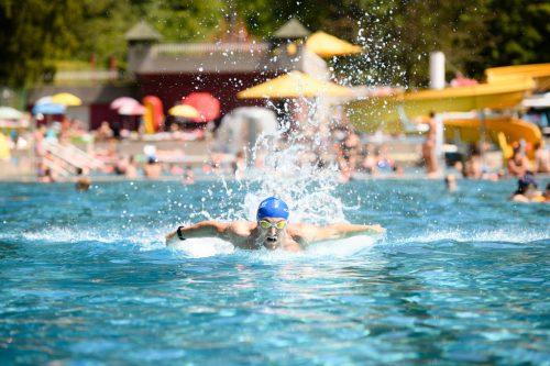 Besonders im Juni kamen viele Badegäste an die Enz.
