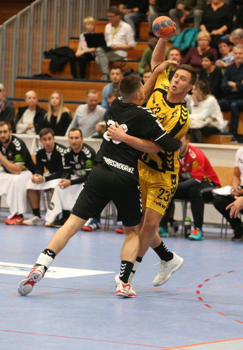 Bregenz-Goalgetter Josip Juric-Grgic stellte besonders vor der Pause seine Gefährlichkeit bei Schlagwürfen aus dem Rückraum unter Beweis. Hartinger