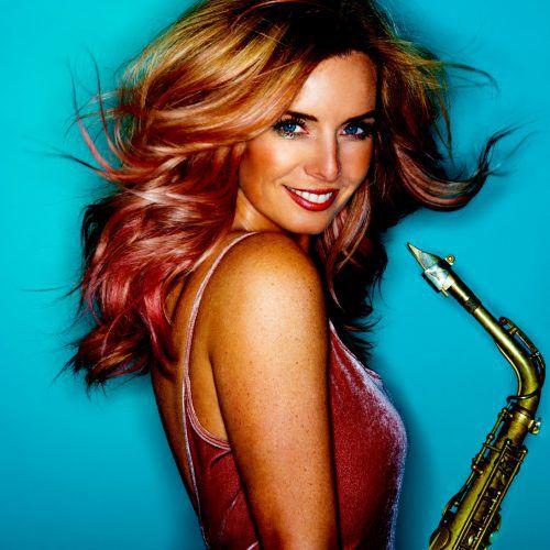 """Candy Dulfer ist eine wahre Größe am Saxophon. Mit ihrem aktuellen Werk """"Togheter"""" ist sie heute im Dornbirner Conrad Sohm live zu erleben.candy dulfer"""