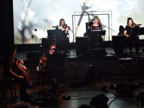 Das britische Ensemble Distractfold spielte in Bludenz Werke des Komponisten Sam Salem. JU