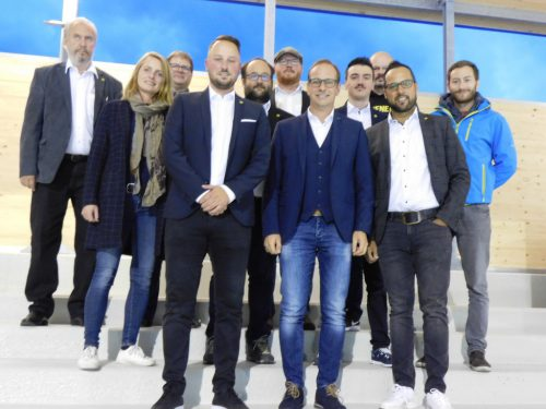Der HSC-Vorstand mit Bürgermeister Dieter Egger und den Stadträten Angelika Benzer und Arno Gächter.mima