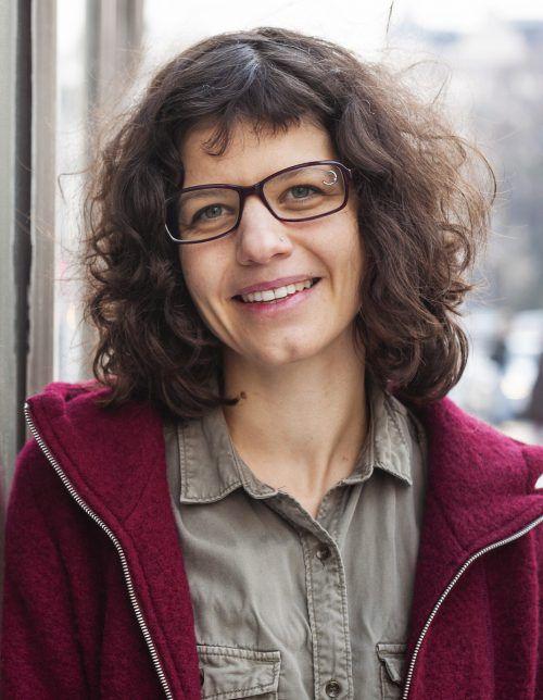 Die Emser Bücherei lädt am 17. Oktober zur Lesung mit Verena Mermer. VA