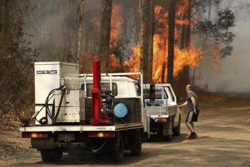 Die Feuer haben in Australien Dutzende Häuser zerstört. AP