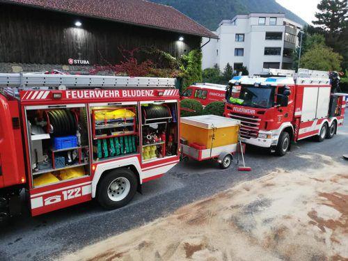 Die Feuerwehr Bludenz, das Wasserwerk Bludenz und der Abwasserverband Ludesch setzten Sofortmaßnahmen. Feuerwehr Bludenz