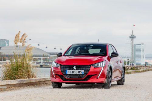 Die neue Generation des Peugeot 208 gibt es mit konventionellen Antrieben (Bild) genauso wie als Elektroversion.werk