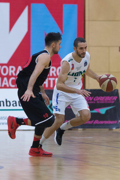Lions-Spielmacher Ander Arruti trifft im direkten Duell der Topstars der Liga auf den bei den Basket Flames spielenden gebürtigen Argentinier Fabricio Vay. Steurer