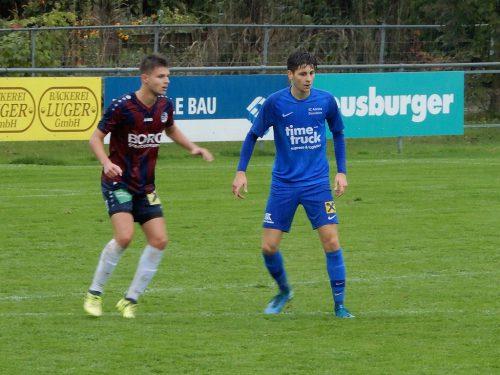 Einstand nach Maß: Admira-Nachwuchsspieler Emanuel Libiseller (rechts) kam, schoss und traf zum 5:1.cth