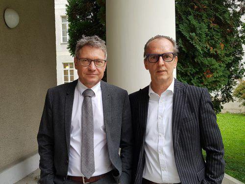 Erleichterung beim ehemaligen Häusle-Geschäftsführer Martin Bösch (r.) und seinem Verteidiger Gerhard Müller. Eckert