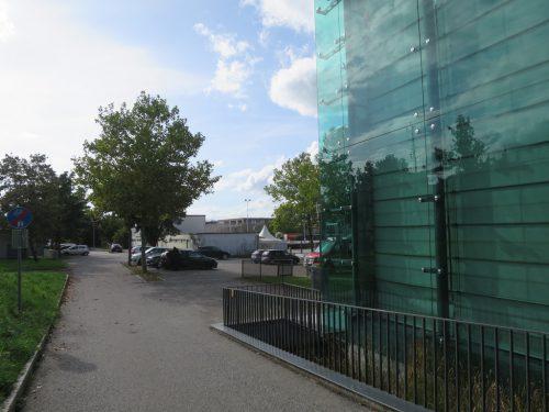 Das Jugendzentrum wird wohl bald einem Neubau weichen. rha