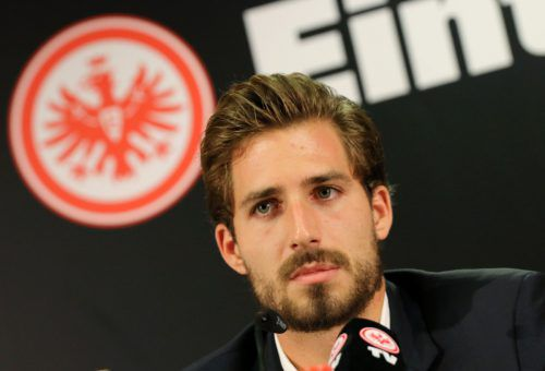 Für Eintracht-Torhüter Kevin Trapp ist die Herbstsaison gelaufen. apa