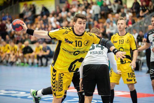 Kreisläufer Marko Coric und Nico Schnabl (r.) erzielte im Hinspiel gegen Helsinki je sieben Tore. VN/Sams