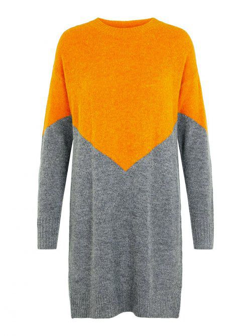 Kuschellook             Colourblocking-Strickkleid im Kuschellook mit geripptem Saum. Erhältlich bei Vero Moda um 29,99 Euro.