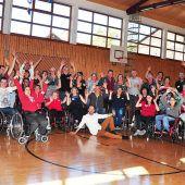 Im Rollstuhl übers Tanzparkett