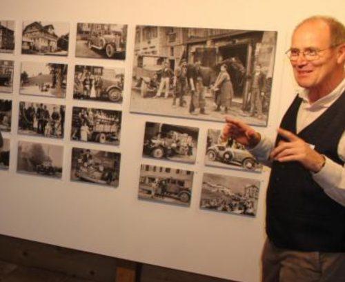 Nach dem Transportwesen im Vorjahr hat Franz Rüf heuer die Ausstellung in Mesmers Stall ab Samstag der Gastronomie gewidmet. STRAUSS