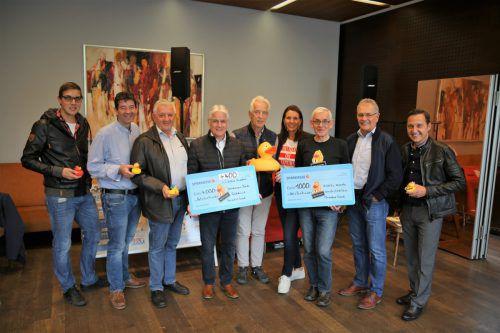 Quadro Ernst konnte 11.100 Euro an Spendengeldern für Netz für Kinder übergeben. uysal