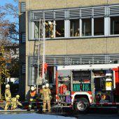 Rauch und Sirenen an der Mittelschule Altach