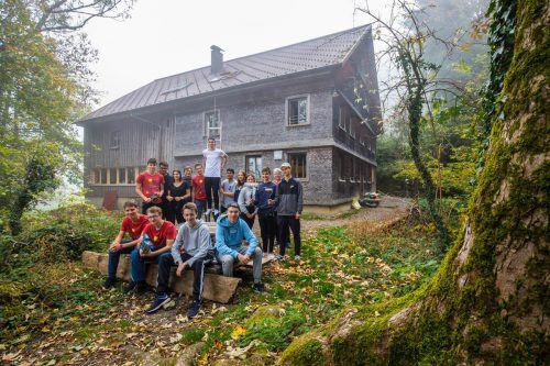 Teilnehmerinnen und Teilnehmer des Jugendprojektwettbewerbs 2018.Land
