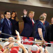 Präsident lautstark ausgebuht