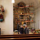 Neuer Glanz für Lochauer Kircheninventar