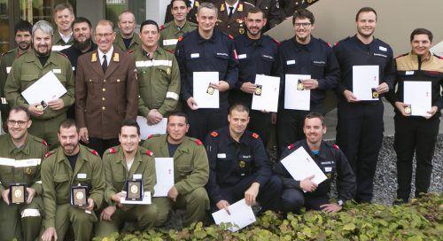 20 Feuerwehrleute erhielten am Samstag das Feuerwehrleistungsabzeichen in Gold. VLK