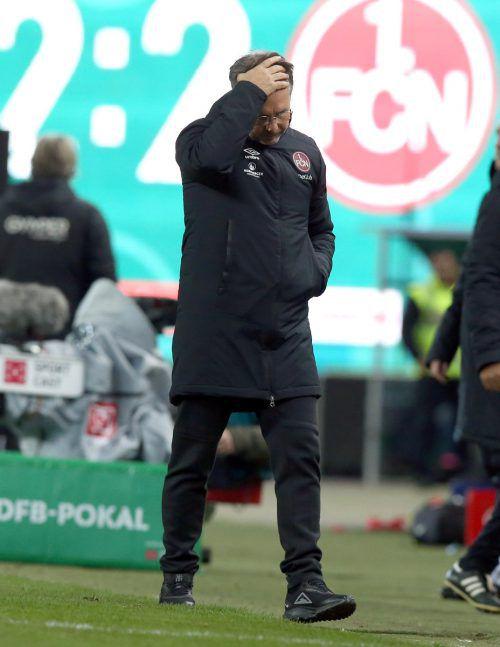 Am Ende war wenig von Aufbruchsstimmung beim Club zu spüren, vor allem der Zorn der Fans richtete sich dabei gegen Cheftrainer Damir Canadi.Zink