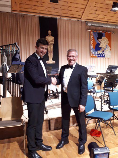 Anton Batlogg wurde für 40 Jahre Trachtenkapelle Gantschier mit dem Abzeichen des Vorarlberger Blasmusikverbandes geehrt. Trachtenkapelle Gantschier
