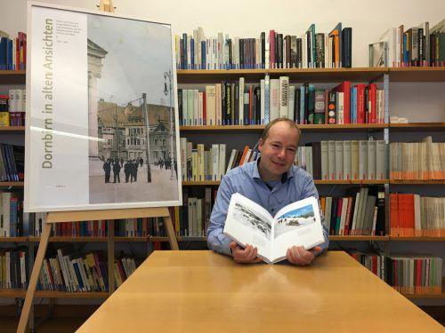 Archivar Philipp Wittwer hat gerade einen Bildband über Dornbirn publiziert. VN/Gunz