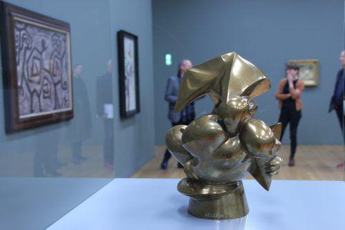 """Auch die Macht des Eros manifestiert sich, wie in Rudolf Bellings nahezu abstrakter Bronze """"Erotik"""" von 1920.Hilti Art Foundation"""