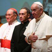 Papst ruft in Bangkok zu Dialog auf