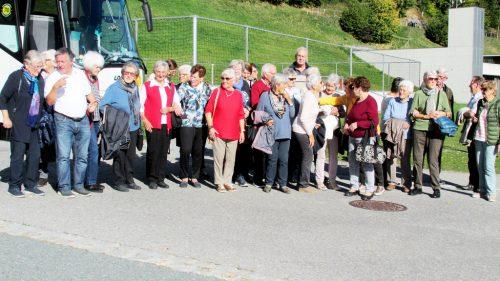 Bei schönem Wetter trafen sich 32 frohgelaunte 80+ Kneipp-Senioren zu einer Fahrt ins Blaue.Kneippverein götzis
