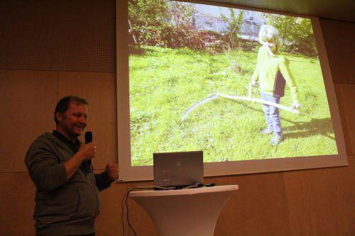 Biologe Rochus Schertler erklärte, wie der Mensch den natürlichen Lebensraum und das Klima verändert, dann aber auch, was man mit Gärten tun kann. heilmann