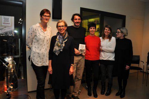 Das Organisatorinnenteam der Lesung mit dem Südtiroler Autor Bernhard Schuchter in der Mohrenbrauerei. lcf