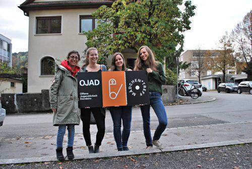 Das Team im Mädchen*treff: Yasemin Polat (v.l.), Anna Schmidinger, Katharina Kohler und Martina Nachbaur. erh