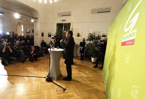 Der Bundesvorstand der Grünen mit Werner Kogler an der Spitze sprach sich einstimmig für Koalitionsverhandlungen mit der Volkspartei von Sebastian Kurz aus. APA
