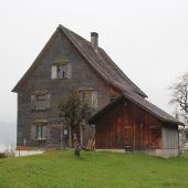 Pfarrhof Düns wird zu Wohnhaus