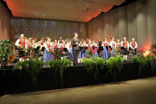 Der Musikverein Gisingen präsentierte ein anspruchsvolles und schwungvolles Programm.Henning Heilmann (3)
