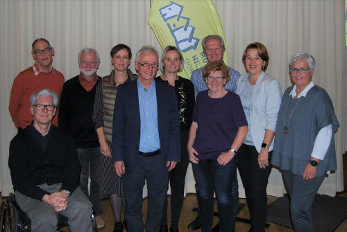 Der neu gewählte Vorstand des MoHi Dornbirn mit Bürgermeisterin Andrea Kaufmann und Stadträtin Marie-Luise Hinterauer. MoHi