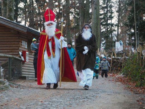 Der Nikolaus kommt morgen, Samstag, zu Besuch in den Wildpark Feldkirch. Im Kiosk wird er auch Säckchen verteilen. lebenshilfe