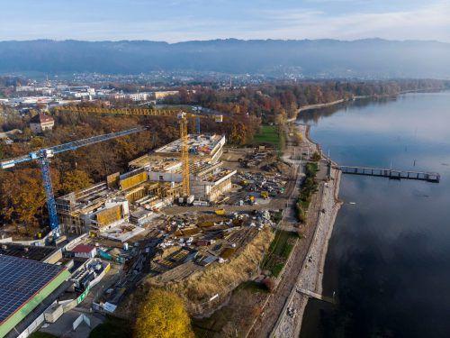 Der Rohbau ist fast fertig. Betonsäulen, dieaneinandergereiht 52 Kilometer lang wären, sollen für ein stabiles Fundament sorgen. Vn/RP