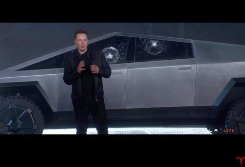 Die Demonstration der Festigkeit der Fensterscheiben misslang Elon Musk. Reuters