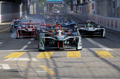Die Formel E bekommt mit Mercedes und Porsche prominenten Zuwachs.Reuters