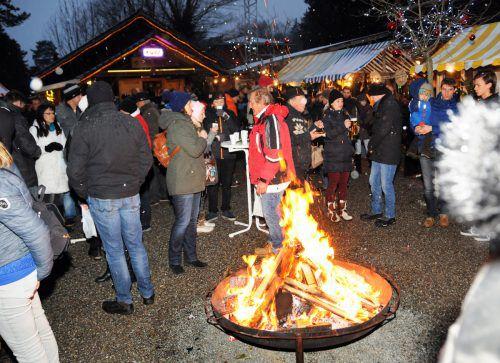 Die Höchster Cowboys sorgen alljährlich für ein überaus stimmungsvolles Weihnachtsmärktle. ajk