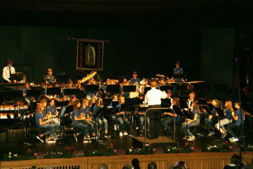 Die Jugendmusik spielte zu Konzertbeginn auf und zeigte, was sie gelernt hat.pe