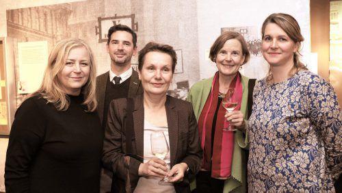 Dir. Stefania Pitscheider Soraperra (Frauenmuseum), Projektleiterinnen Maria Mesner und Johanna Gehmacher, Kuratoren Johanna Zechner und Remigio Gazzari.