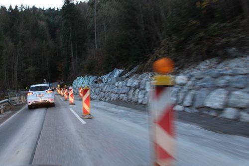 Ein 300 Meter langes Straßenstück an derL 200 wird derzeit noch saniert.