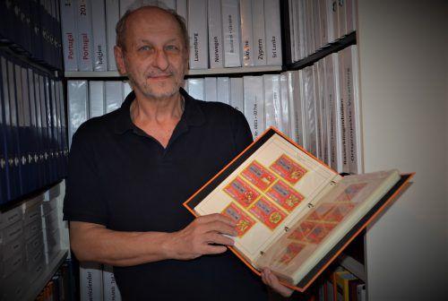 Friedl Wolaskowitz sammelt unter anderem alles, was mit Lotterie zu tun hat.hrj