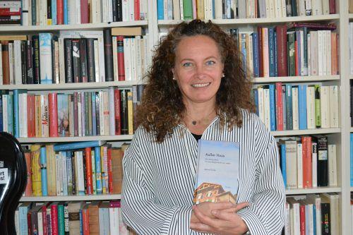 Für Sabine Grohs bedeutet Schreiben auch Verantwortung gegenüber sich selbst. BI