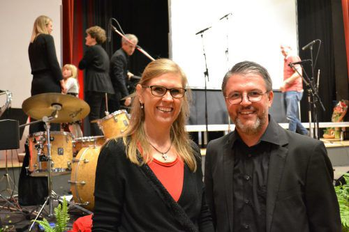 Gabriele Hronek (Auswahlchor) und Ulrich Mayr (Gioia). BI